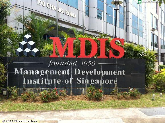 hoi-thao-hoc-bong-du-hoc-mdis-singapore-len-den-25-hoc-phi