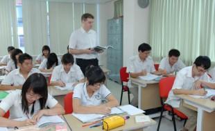 Tuyển sinh lớp Tiếng Anh du học và đi làm khóa 8