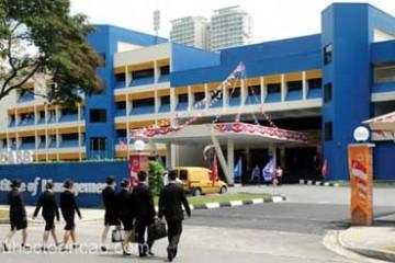 xet-hoc-bong-70-hoc-phi-voi-dai-dien-truong-easb-singapore-va-tang-phi-ghi-danh-ve-may-bay