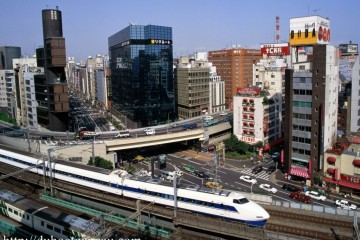 a-Bullet-Train-Ginza-District-Tokyo-Japan-1024x768 (Copy)