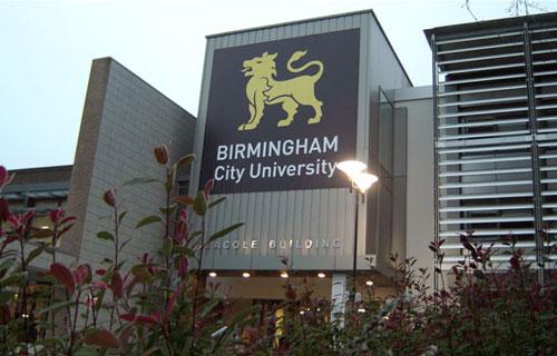 Kinh nghiệm học Quản lý ở Anh quốc