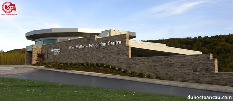 Trung tâm sản xuất rượu vang Niagara