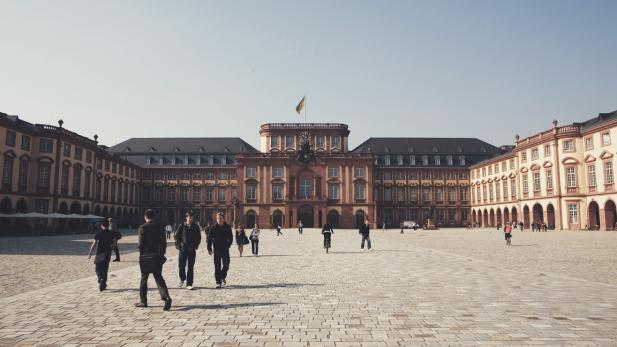 Du học Đức Mannheim Business School