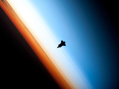 Thiết kế và chạy các nhiệm vụ trong không gian