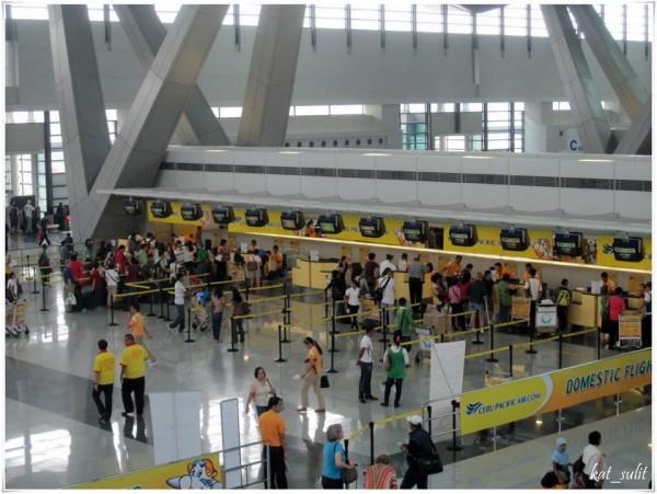 Khu vực check-in đi Cebu của hãng Cebu Parcific Air
