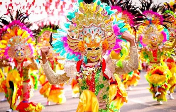 Tham gia lễ hội nụ cười Masskara – trải nghiệm thú vị ở thành phố Bacolod