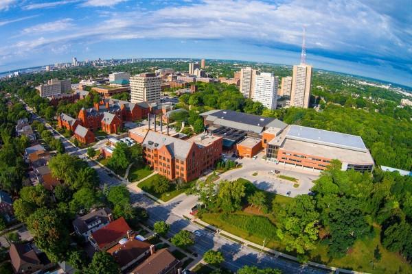 Toàn cảnh nơi học tập và campus của tại UWN