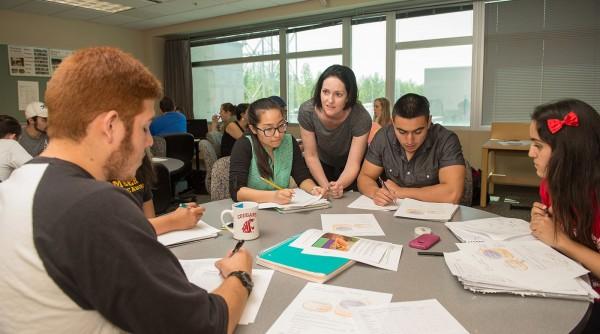 Các bạn du học sinh muốn nâng cao sự tự tin về khả năng ngôn ngữ nên lựa chọn chương trình dự bị Pathway.