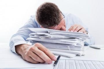 Nếu tự chuẩn bị hồ sơ, bạn sẽ phải đối mặt với hàng tá các thủ tục giấy tờ lằng nhằng và rắc rối