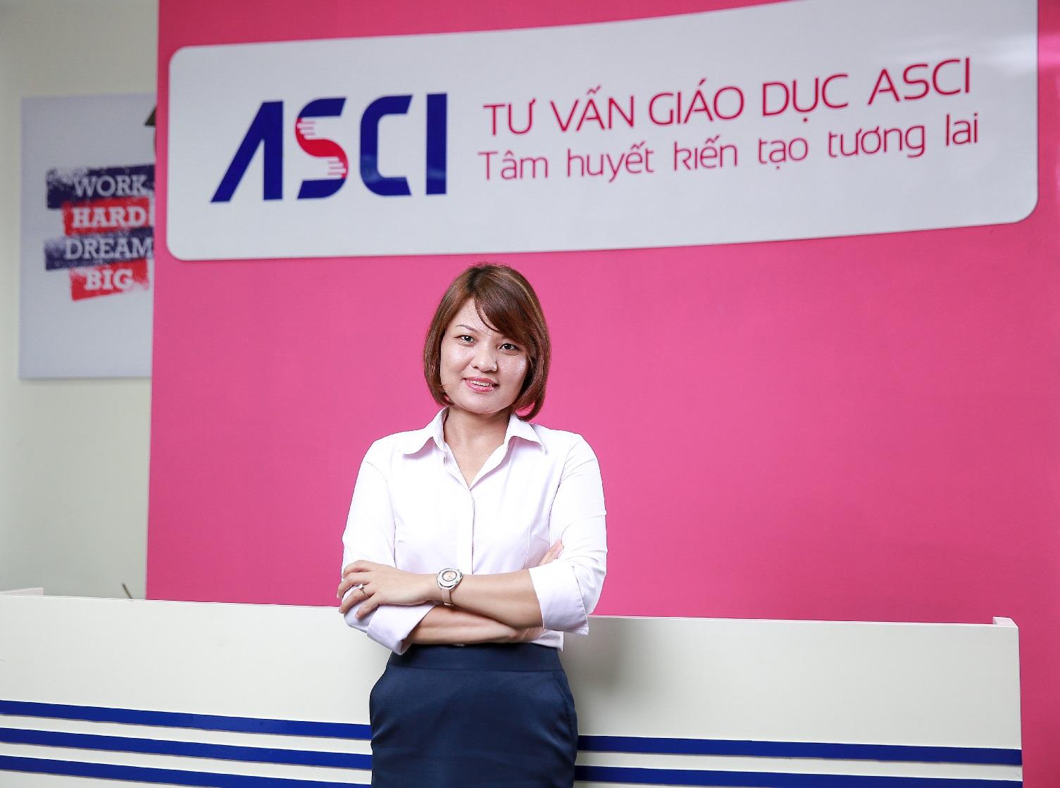 Chị Nguyễn Thị Việt Bằng, Phó Giám đốc Công Tư vấn Giáo dục ASCI