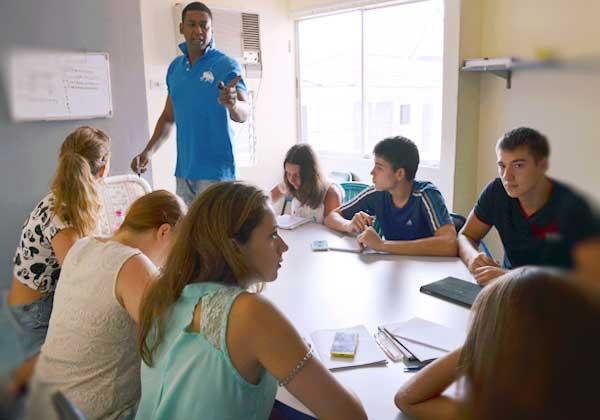 Philippines đang là điểm đến du học tiếng Anh của nhiều nước trong khu vực
