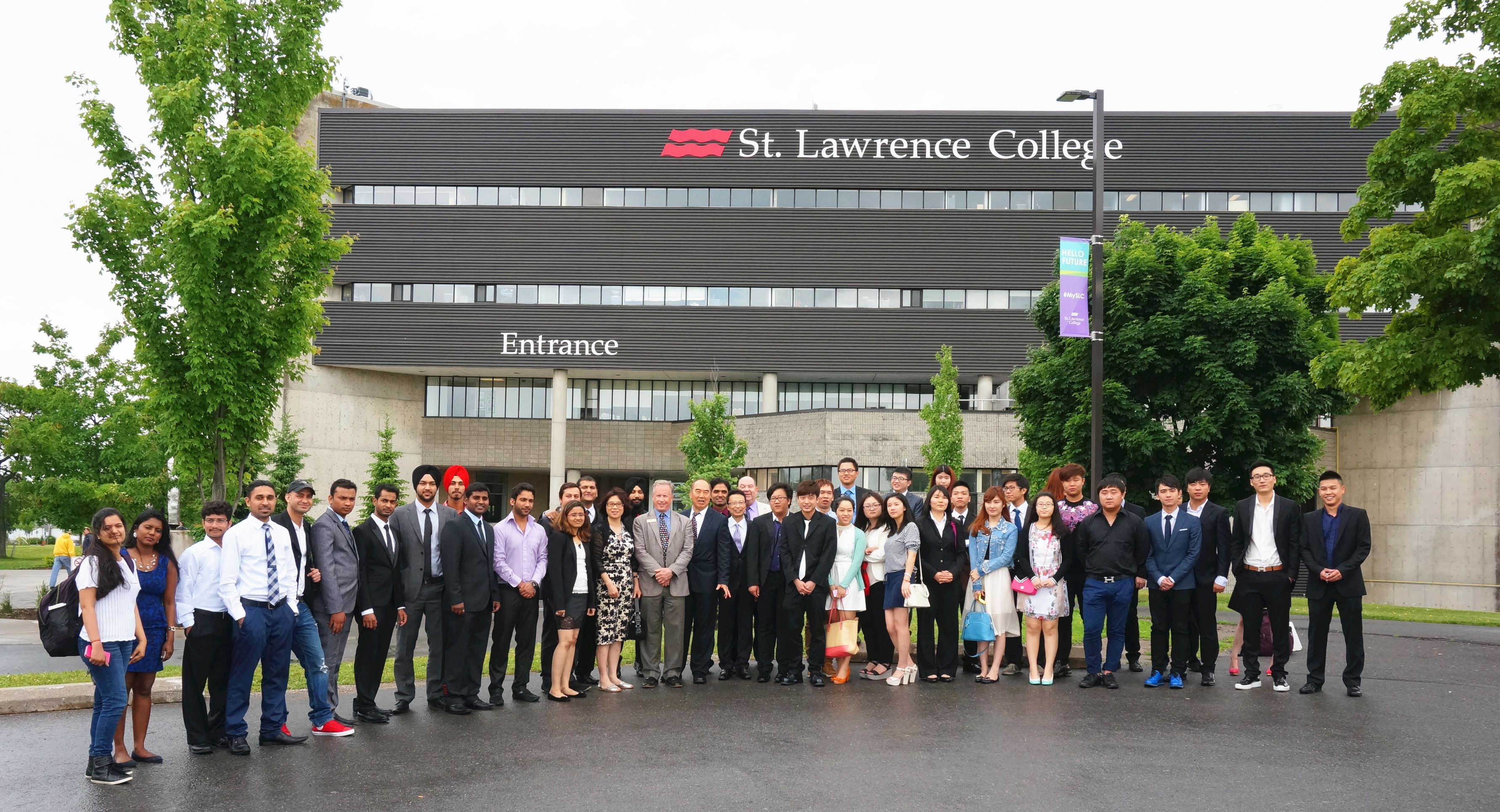 st-laurence-college-students