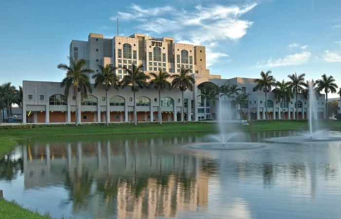 florida-international-university-2