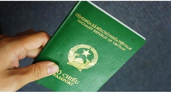 1-passport-du-hoc-uc