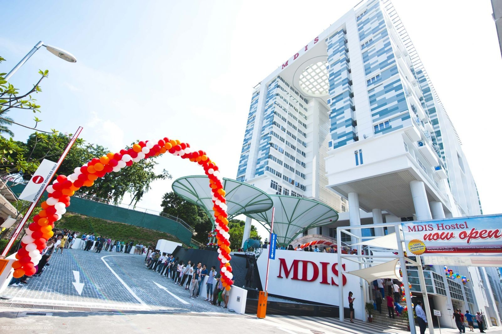 hoc-vien-mdis-singapore