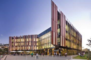 dhbk-tphcm-macquarie-university-01