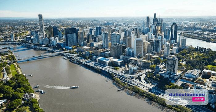 Brisbane – thành phố nổi tiếng xinh đẹp của tiểu bang Queensland với dòng sông Brisbane chảy dài