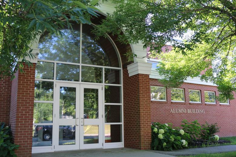 Một góc sân trường Washington Academy