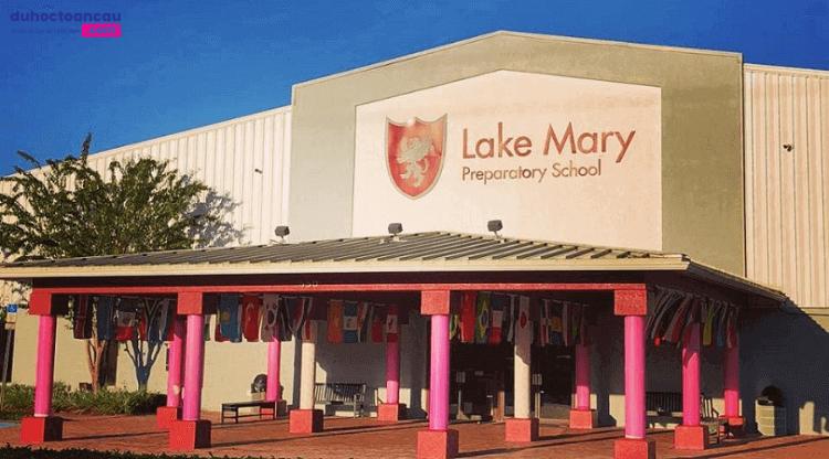 Lake-Mary-Preparatory-School-Truong-THPT-voi-chuong-trinh-hoc-da-dang-tai-My