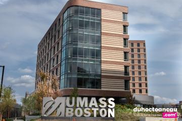 u-mass-boston-2