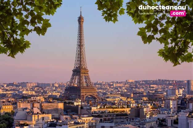 Đất nước Pháp - môi trường lý tưởng giành cho du học ngành trang điểm