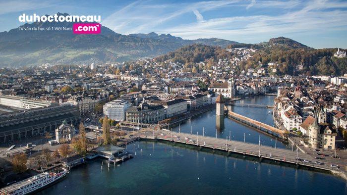 Ngành du lịch khách sạn là 1 ngành rất phát triển tại Thụy Sĩ