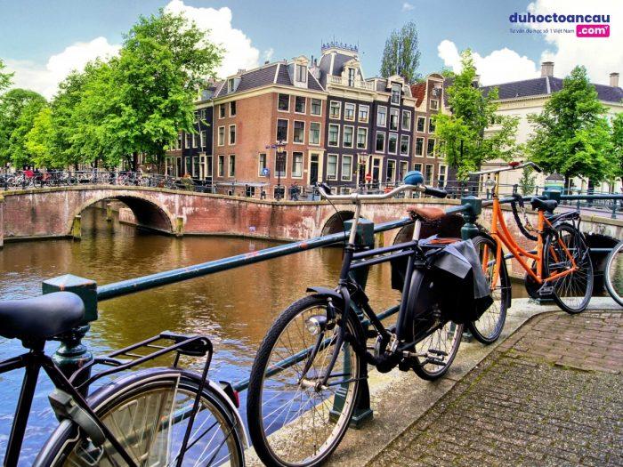 Số lượng của xe đạp tại Hà Lan còn nhiều hơn số người sinh sống tại đây
