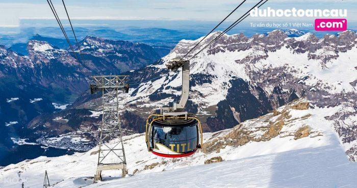 Titlis thực sự là một trong những điểm đến độc đáo của Thụy Sĩ